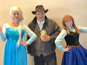 Indy and Elsa and Anna from Special edition Magic and Pop Culture Gets Frozen